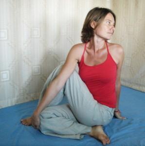 Yoga Sitting Spinal Twist