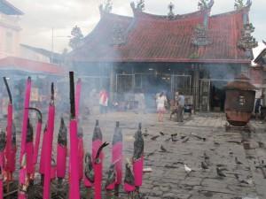 Penang smokey Chinese temple