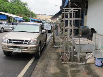 thai sidewalk7-350