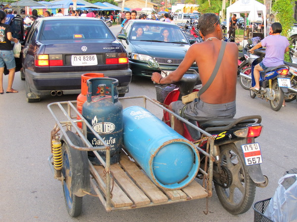 Thailand scooter with sidecar as workhorse