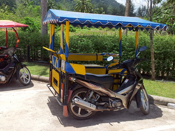 scooter taxi in Thailand